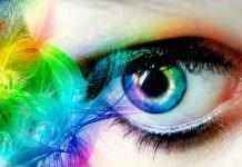 99 Milyon Daha Fazla Renk Gören Kadın
